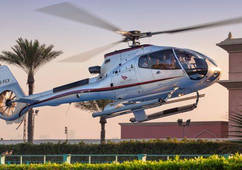 09a36dc5-46ef-4531-851e-f6c0dd8e50ba-2785-dubai-luxury-helicopter-tour-01
