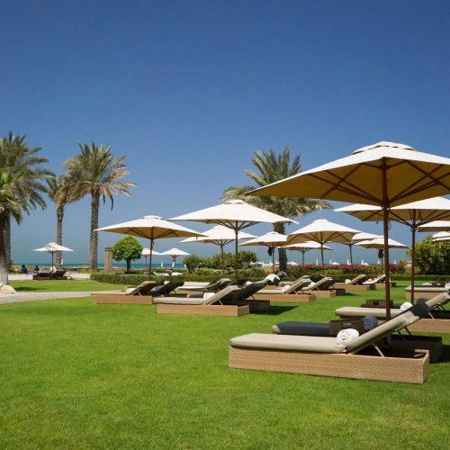oasis-abu-dhabi-hotel-arabian-gulf-abu-dhabi-environmentally-friendly-beach