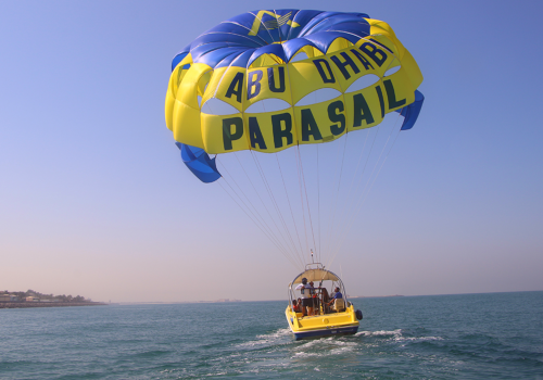 Abu Dhabi Parasailing